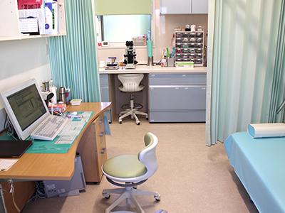 【画像】皮膚科診察室